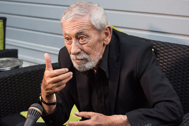 Вахтанг Кикабизде