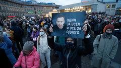 «Уличный протест стал слабым»: об акциях в поддержку Навального