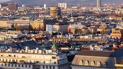 Российские туристы не позволили осквернить памятник советским воинам в Вене