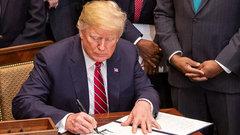 Импичмент Трампа вызовет раскол в США - мнение