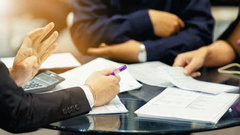 «Ксередине марта все успокоится»: бизнесмен овлиянии вируса наторговлю сРФ