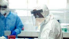 Вакцина против лихорадки Эбола прошла первые успешные испытания на людях