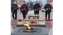 Губернатор Калужской области Владислав Шапша почтил память павших воинов