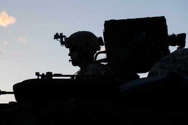 НАТО армия учения солдат