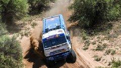 Россиянин Эдуард Николаев выиграл ралли «Дакар» в зачете грузовиков