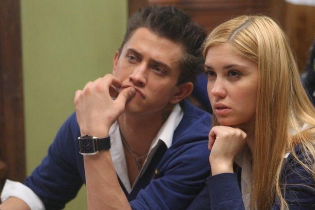 Агата Муцениеце и Павел Прилучный в сериале «Закрытая школа»