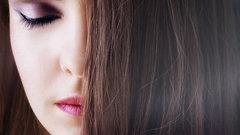 Как подобрать макияж к цвету волос: основные правила