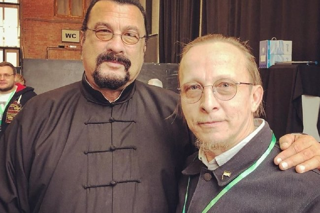 Иван Охлобыстин (справа) и Стивен Сигал