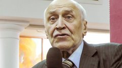 Николай Дроздов: биография ведущего передачи «В мире животных»